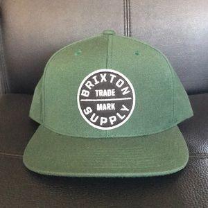 18d8af5ef3fc9 Brixton Accessories - NWT forest green Brixton Oath cap